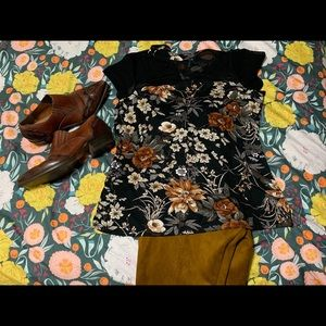 Mesh and floral short sleeved top